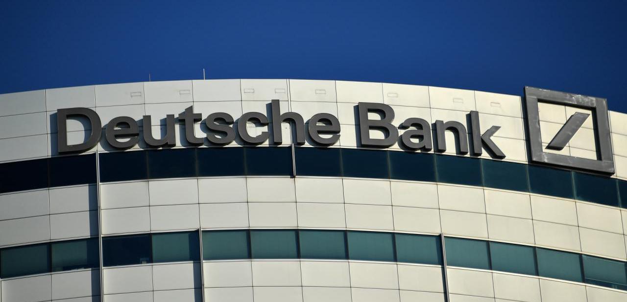 deutsche-bank-schrapt-18000-banen-bitcoin-plan-b
